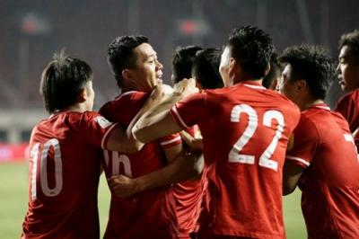 世预赛国足2-0卡塔尔有望出线