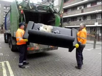 小区遭弃大沙发怎么处理?扬州今年添置5台大件垃圾破碎机