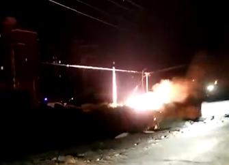 【我+新闻】刚刚,扬州一工地线缆起火,现场蛮吓人(视频)