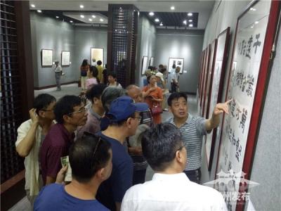 为这17位新人点赞,扬州特意办了一场书法作品展