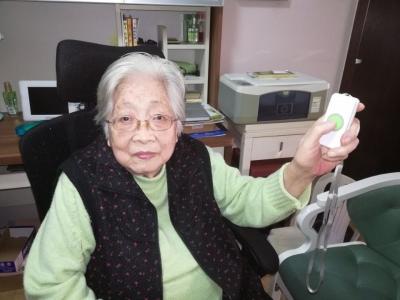 """【我们的节日·重阳】""""适老""""化改造,让更多老人住得舒心"""