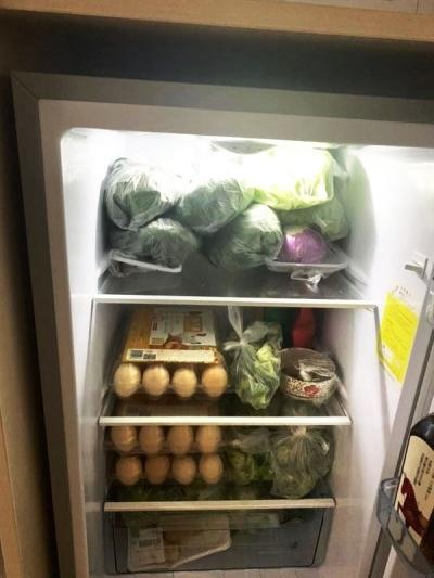 【冰箱里的故事】扬大体育学院这名老师家的冰箱,装满对学生的关爱