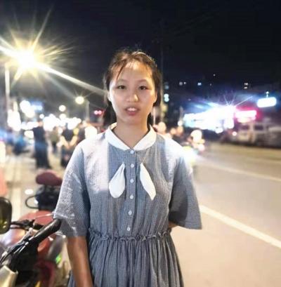 消防员冒着高温灭火!扬州15岁女孩看到后,做的举动刷爆朋友圈…