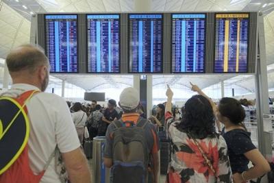 香港机场管理局:15日航班将恢复正常运作