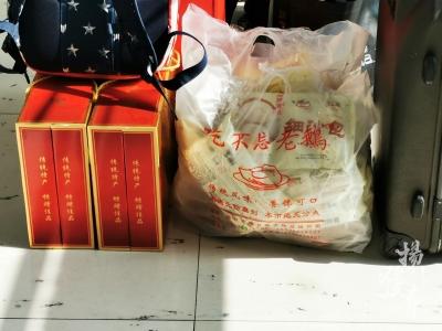 【春运故事】火车站到处可见扬州美食,猜猜哪种最受欢迎?