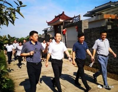 """张新钢督查推进全区农村人居环境整治工作要求,加快推动""""美丽邗江""""建设!"""