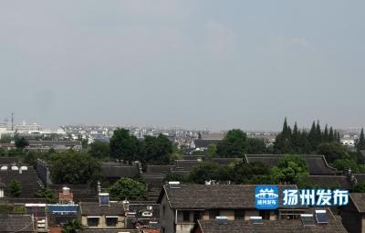 《市民论谈》聚焦扬州如何实现古城复兴