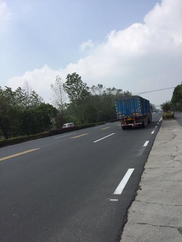 又一起惨剧!328国道江都宜陵段事故频发,主要因为没路灯?