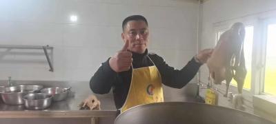 【视频】扬州盐水鹅兴起线上收徒模式